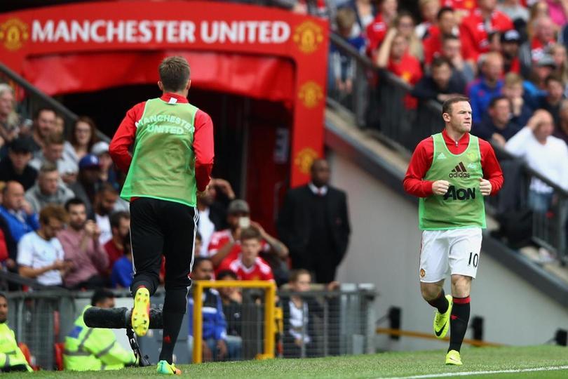 La polémica por las fotos filtradas de Rooney en estado de ebriedad sigue y en esta ocasión fue Rio Ferdinand quien dio a conocer su postura sobre el jugador del Manchester United y excompañero.