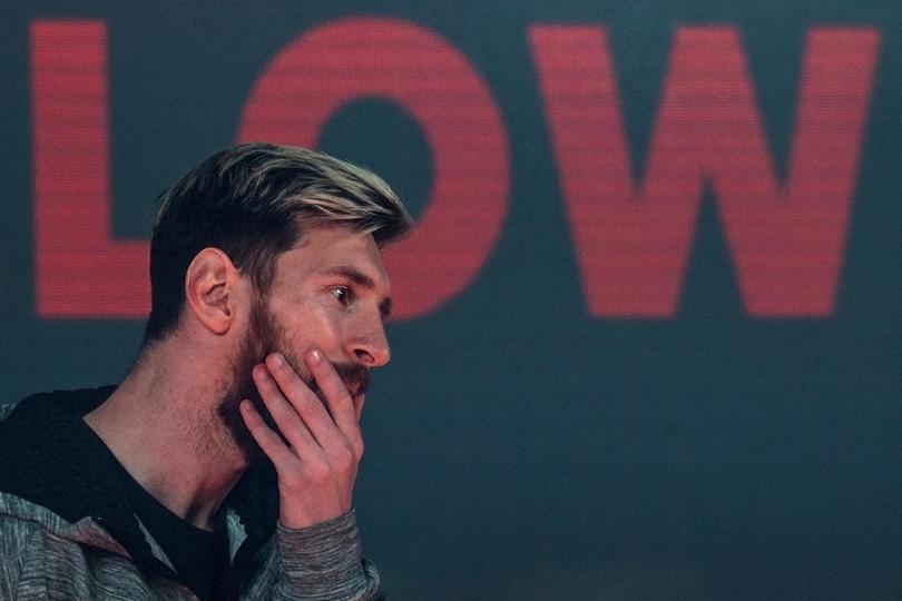 Meses después de que Messi apareciera con el cabello teñido de rubio y una vez que está a punto de que el color desaparezca, explicó la razón por la que decidió hacer el cambio.