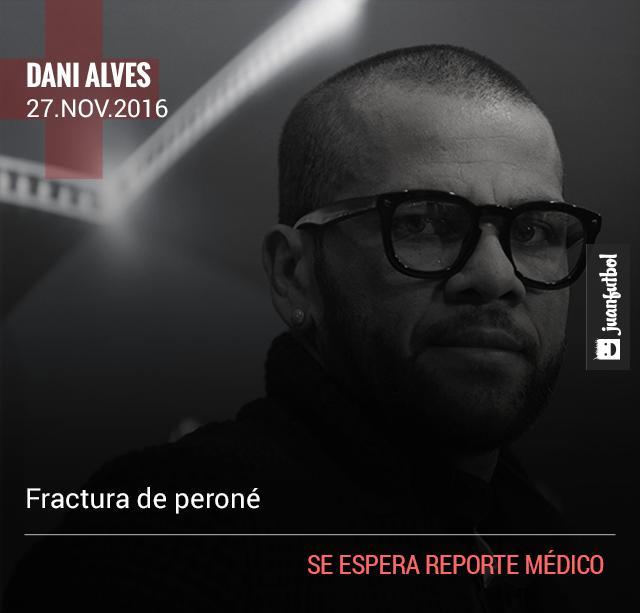 Alves sufrió fractura de peroné por una patada