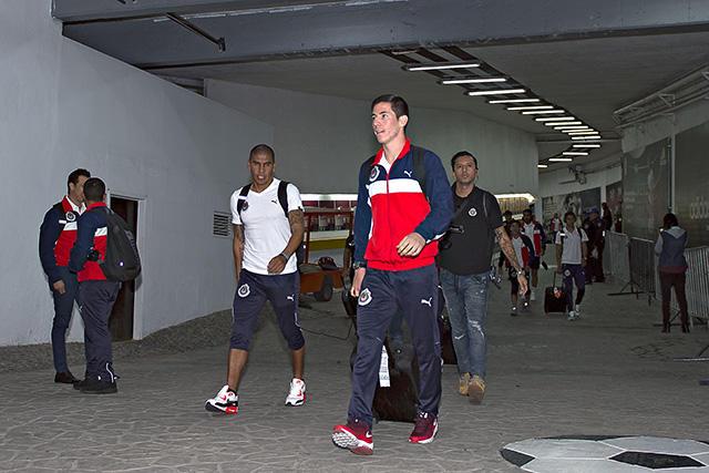 Marco Bueno saldría de Chivas para ir a Monterrey