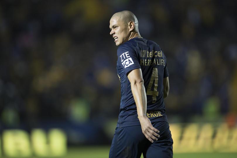 El vicepresidente deportivo de Pumas, Sergio Egea desmiente la salida de Verón