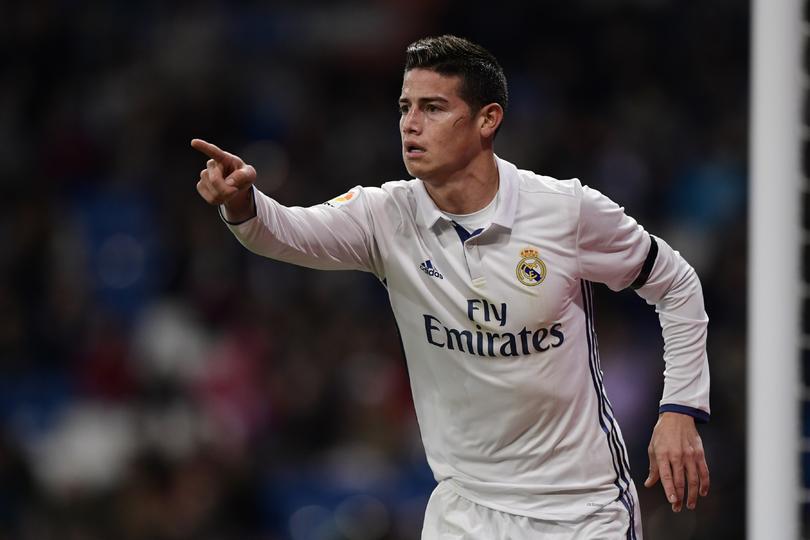 El Manchester United sigue con sus intencioens de fichar a James Rodríguez y tendría una nueva propuesta para cerrar el fichaje con el Real Madrid.