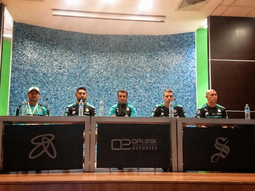 Orozco, Furch y Enríquez fueron presentados por Santos Laguna