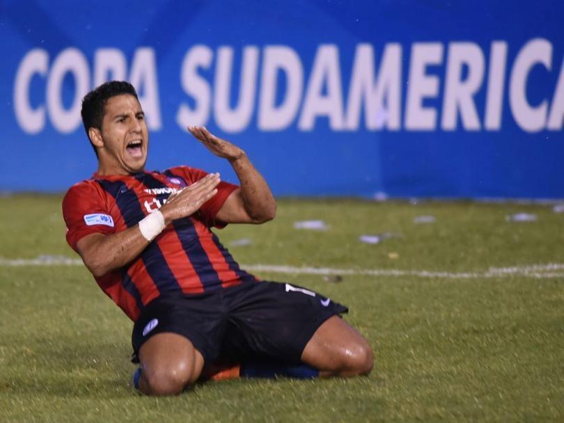 América y su directiva siguen sin descansar y es que a pesar de la final perdida contra Tigres en Navidad, las águilas habrían llegado a un acuerdo con su nuevo delantero, Cecilio Domínguez.