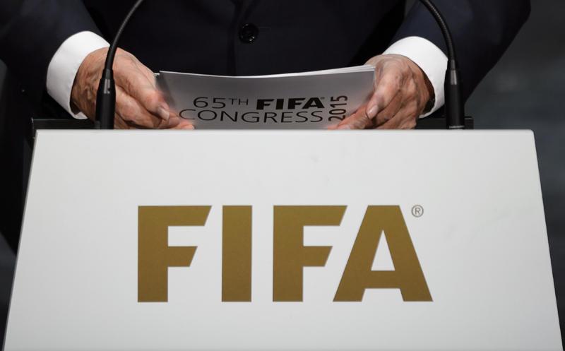 Gianni Infantino y la FIFA tendrían planeado unificar la clasificación al Mundial 2026 de las confederaciones de CONMEBOL y CONCACAF, la Copa del Mundo aumentaría de 32 a 48 selecciones.