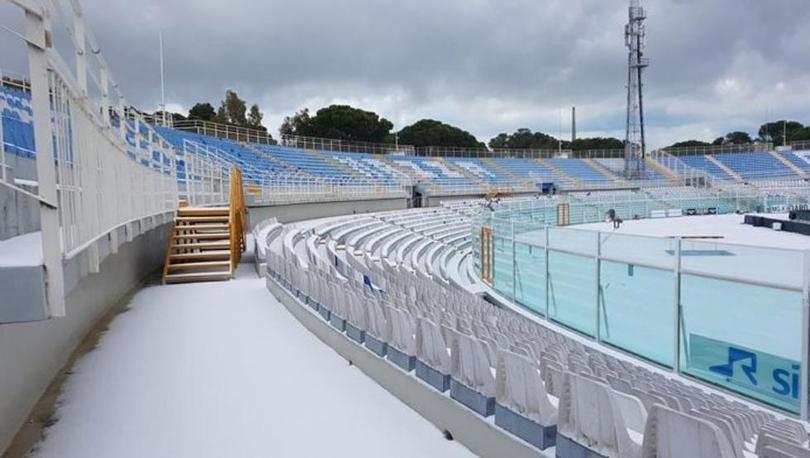Carlos Salcedo no verá acción este fin de semana a causa de las condiciones climatológicas en Pescara, Italia; el partido de la jornada 19 de la Serie A fue suspendido