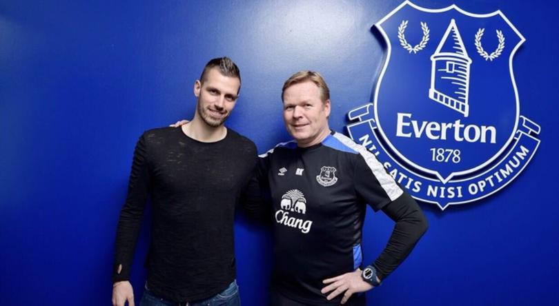 Morgan Schneiderlin deja al United y se va al Everton