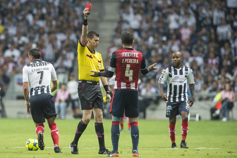 Para Pereira los árbitros de la Liga Mx son malinchistas.