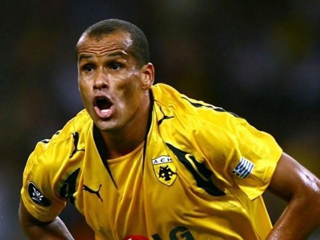 Rivaldo y otras estrellas brasileñas participaron en un partido benefico para las víctimas del Chapecoense.