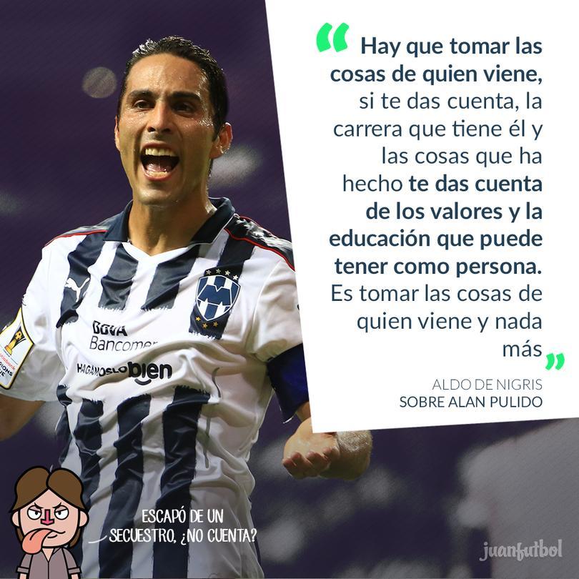 El jugador de Chivas presumió los cinco títulos de Tigres... sólo participó en uno.
