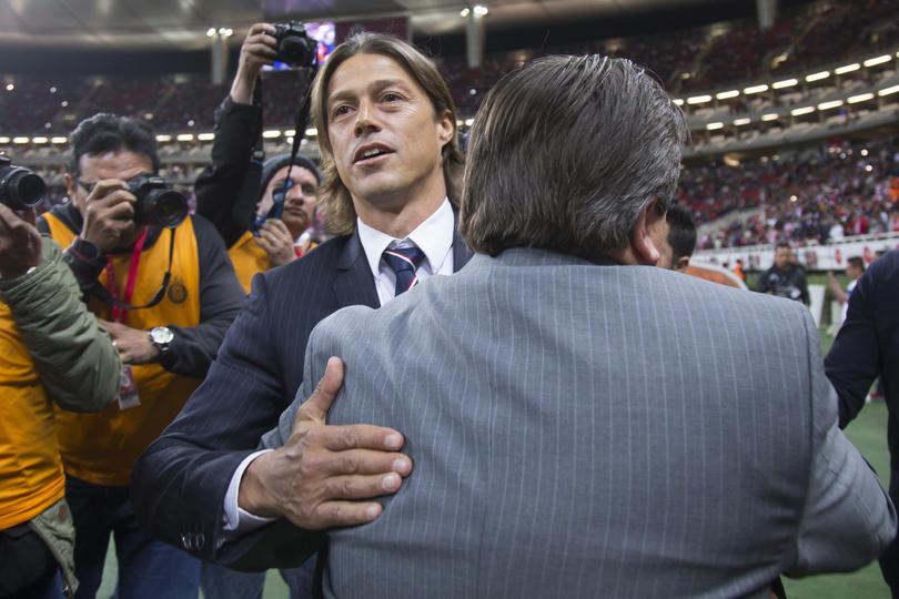 Almeyda y Herrera no tuvieron problemas en saludarse