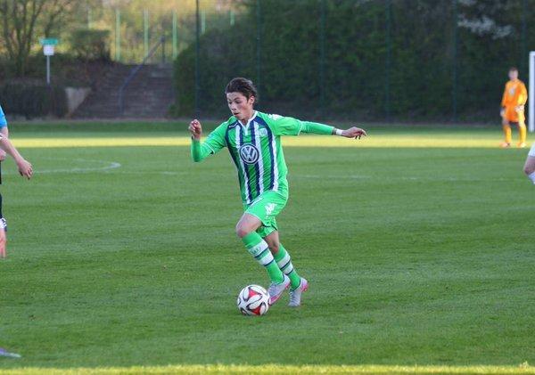 Adrián Goransch es un jugador del Wolfsburgo sub-19 mexicano, que la coordinación de Selecciones Menores  tiene en la mira y lo está analizando, al menos eso dijo Dennis te Kloese.