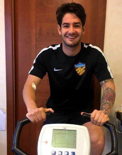 Alexandre Pato hace las pruebas médicas con su nuevo equipo Chino