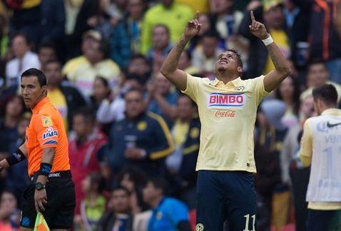 Marchesín se comió un gol de Arroyo en la Concachampions