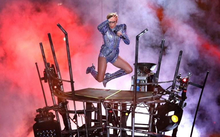 Lady Gaga rifándose en el Super Bowl