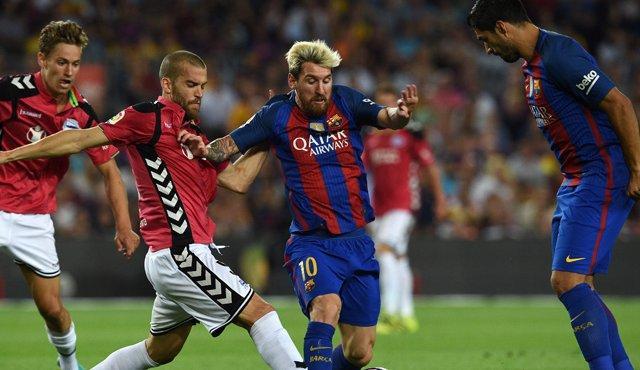 Barcelona y Alavés en la Liga