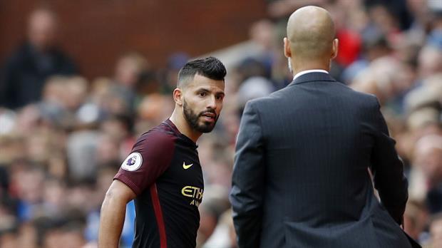 Pep dice que otros están jugando más chido que Agüero, pero quiere mantenerlo en el Manchester City