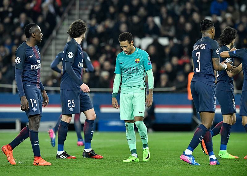 Neymar tras la derrota en París
