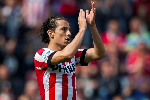 Andrés Guardado con el PSV