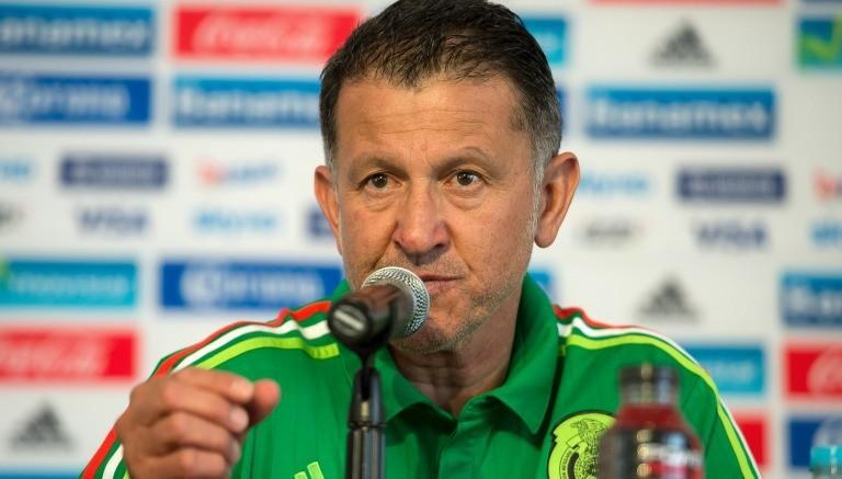 Resulta que después de los rumores que dicen que Osorio quiere llamar a Avilés Hurtado a la selección, el entrenador del Tri dijo que no está descartado pero por el momento cree que los mexicanos de nacimiento son suficientes para cubrir los lugares en los dos torneos.