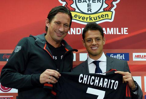 Chicharito será clave para el Leverkusen.