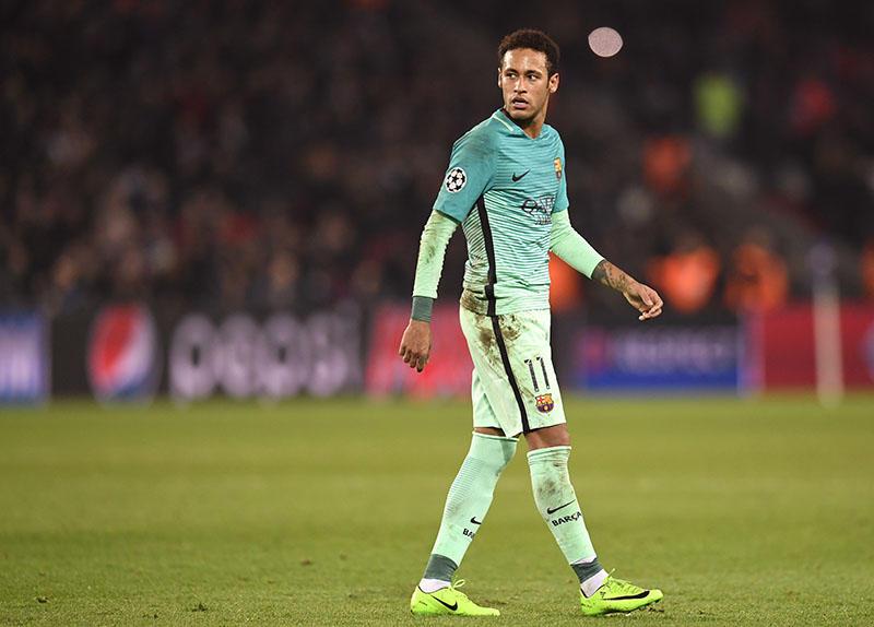 Neymar es acusado de evasión fiscal