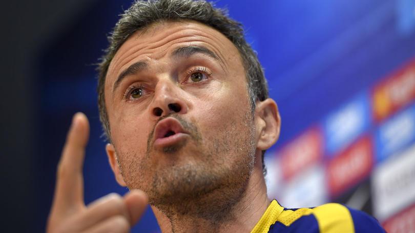Luis Enrique fue preguntado en la conferencia de prensa a cerca de lo que pensaba del despido de Ranieri del Leicester City y el español sólo dijo que es una mala noticia pero también una buena para el que llegue.