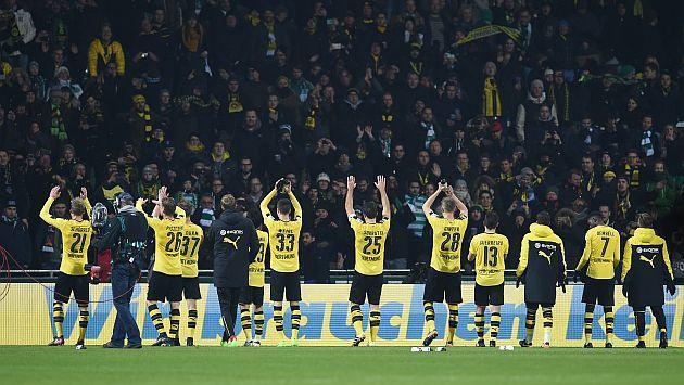 Aficionados del Borussia Dortmund que fueron detenidos el 11 de febrero cuando el equipo jugó contra el Darmstadt no podrán volver a entrar a los estadios.