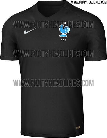 El tercer uniforme de Francia