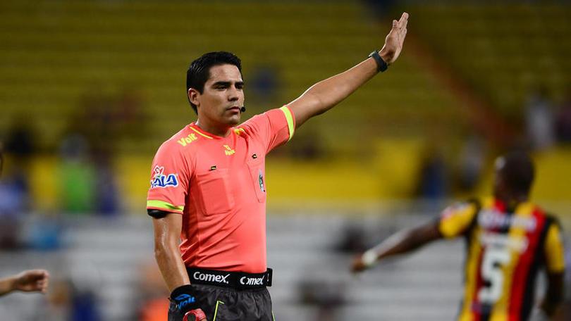 Después de que los árbitros de Primera División dijeran que no pitarían los partidos de la Liga MX, los directivos de la Comisión de Arbitraje intentaron convencer a los del Ascenso MX para dirigir la jornada 10.