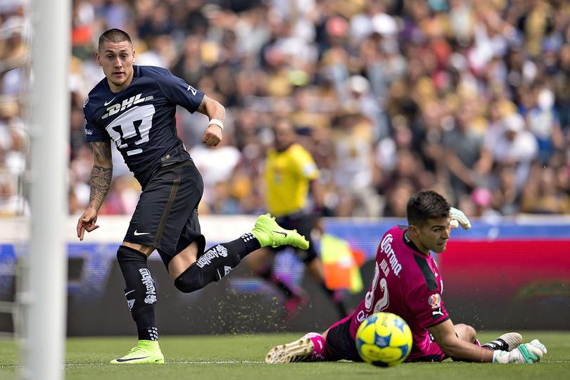 Nicolás Castillo fue llamado a La Roja