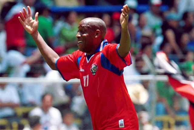 Carlos Batres, árbitro de Guatemala, aceptó 16 años después que el gol de Medford que le dio la victoria a Costa Rica en el Azteca debió ser invalidado por fuera de lugar.
