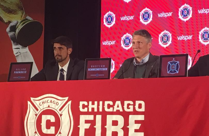 Bastian fue presentado con el Fire