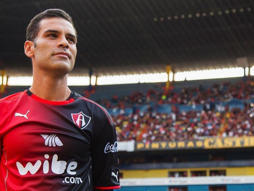 Rafa Márquez fuera seis semanas
