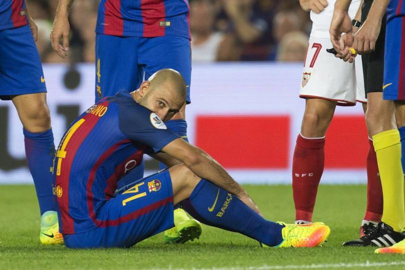 Todavía no termina la temporada pero en Barcelona ya están viendo que jugadores no caben más en el club.