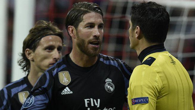 El Madrid no sólo está preocupado porque juega contra el Bayern en Champions y Lewandowski regresa, también porque en caso de clasificar, Ramos, Modric y Kroos podrían no jugar el partido de ida de la semi.