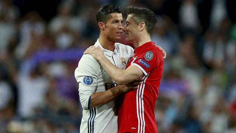 Después de haber sido eliminado por el Madrid en la Champions, dicen que a Lewandowski le pidieron que dejara el Bayern y jugara con los españoles.
