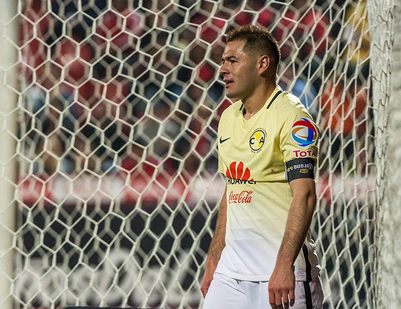 Pablo Aguilar después de ser expulsado