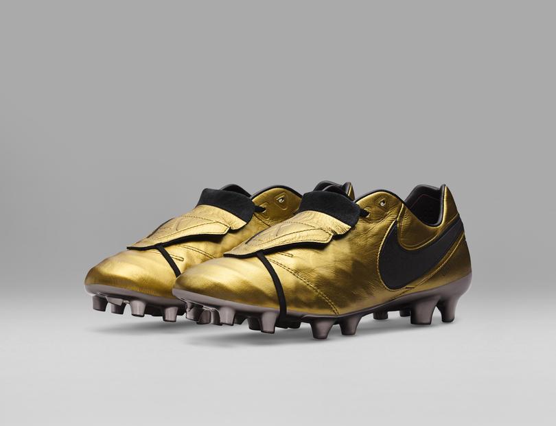 Así son los Nike Tiempo Totti X Roma