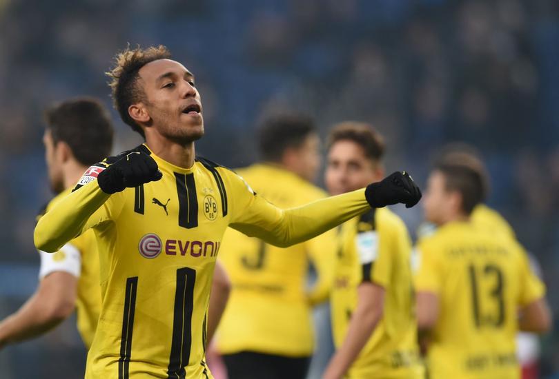 Pep Guardiola queire fichar a un delantero top sí o sí para la siguiente temporada y dicen que podría ser Aubameyang del Dortmund.