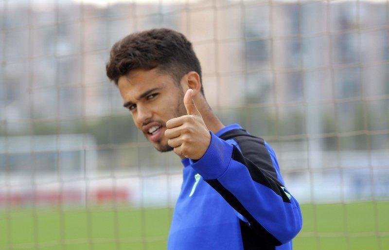Después de que Dieguito Reyes dijera que no sabía que iba a pasar con él para la siguiente temporada porque está en el Espanyol a préstamo desde el Porto, su entrenador actual ya salió a defenderlo.
