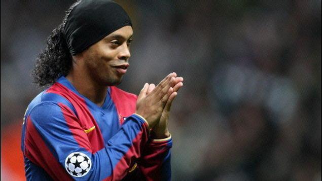 Ronaldinho afirma que no se fue por Guardiola.