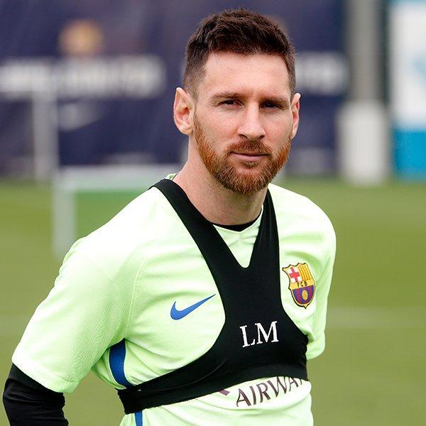 Messi presume nuevo look