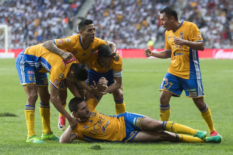 Gignac no sólo reventó a los Rayados en los cuartos de final de la Liga MX con cuatro goles en la serie, también encendió a la afición por un festejo.