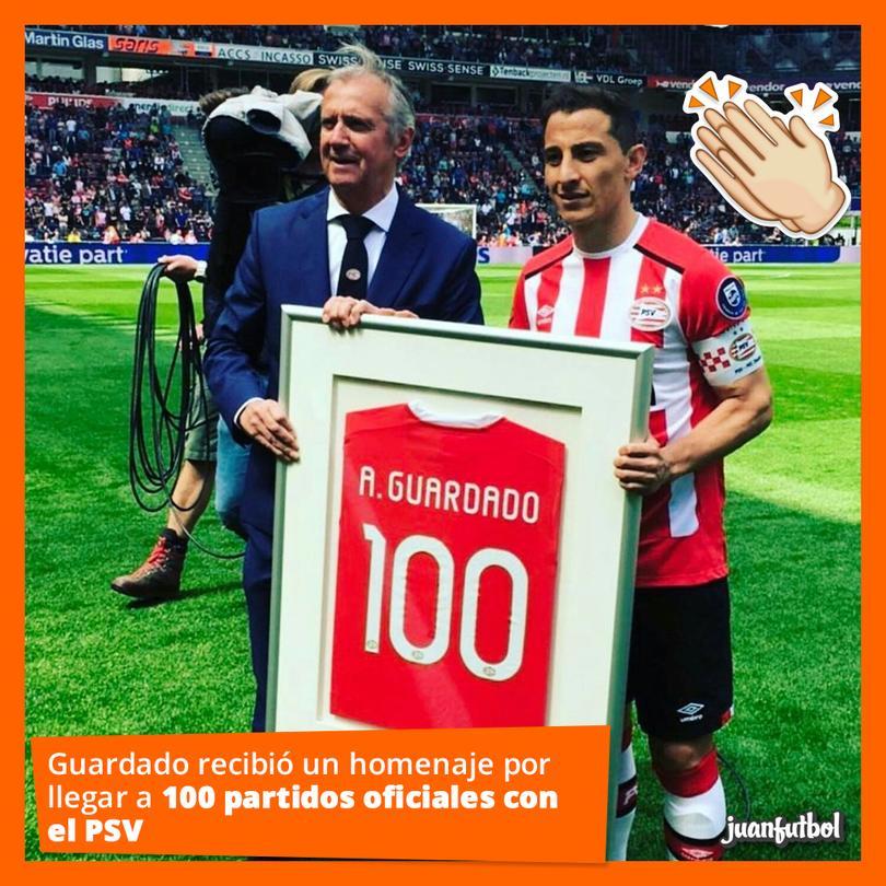 Guardado recibió homenaje por 100 partidos con el PSV.
