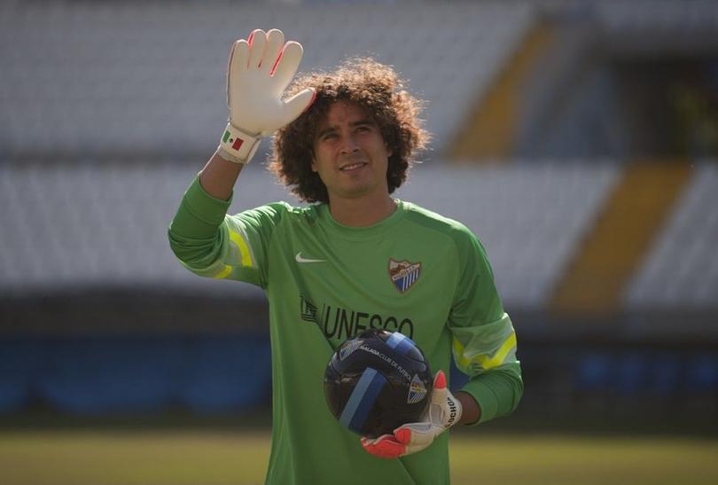 Ochoa saldría del Granada y llegaría al Nápoles.