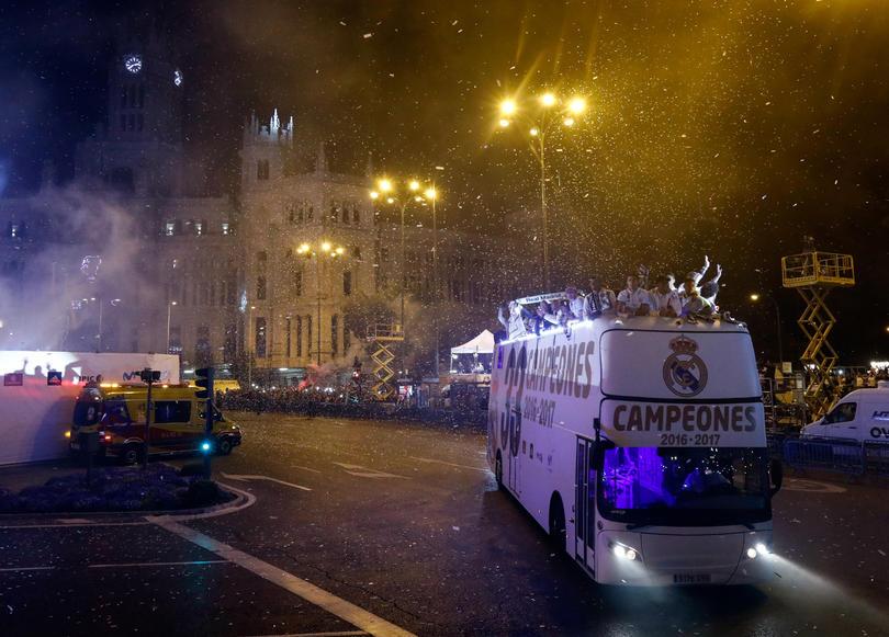 El Real Madrid festeja en Cibeles.
