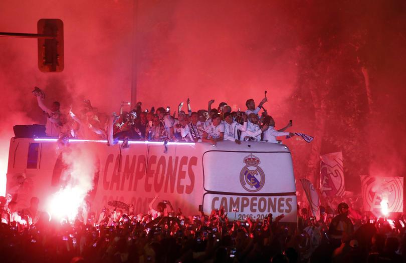 El Real Madrid festeja en Cibeles