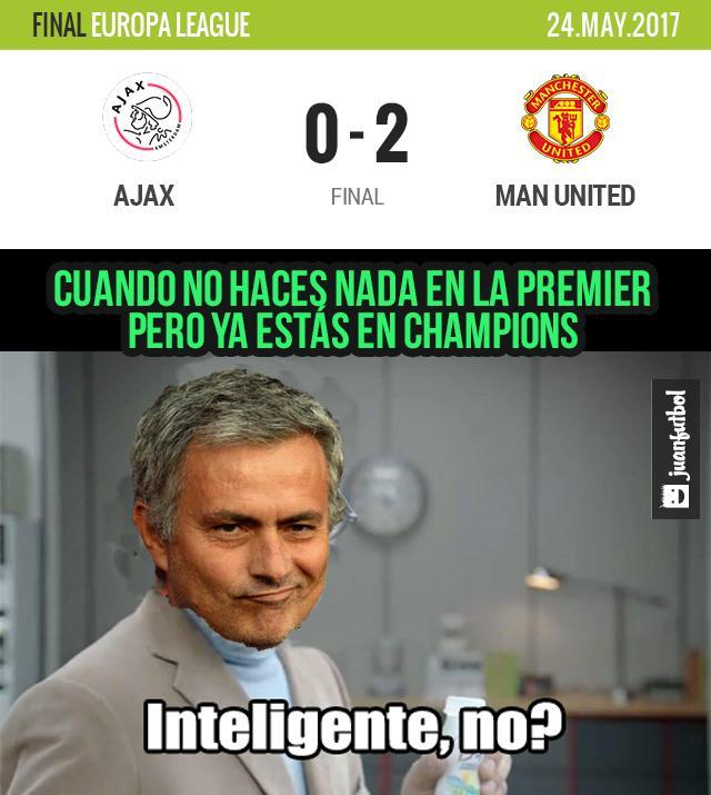 Manchester United está en Champions