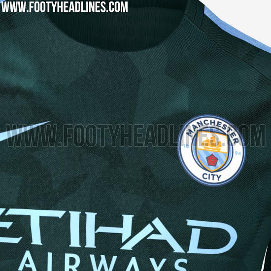 Playera alternativa del City